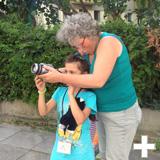 Kinderstadtteilforscher machen Fotos